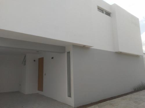 Casa Renta En Ciudad Granja.