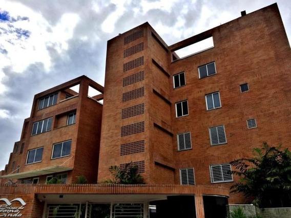 Apartamento En Venta 16-20128