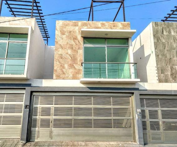Casa En Venta 3 Habitaciones Con Roof Garden En Veracruz, Ver.