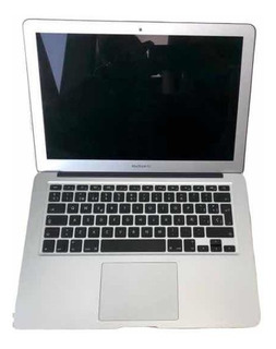 Laptop Macbook Air 13 Pulgadas, 2017 Color Plata, Seminueva
