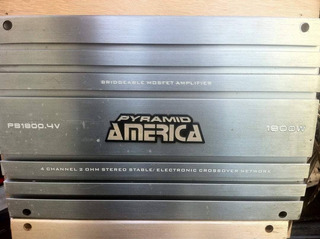 Planta America Pyramid 1800 Watts 4 Canales