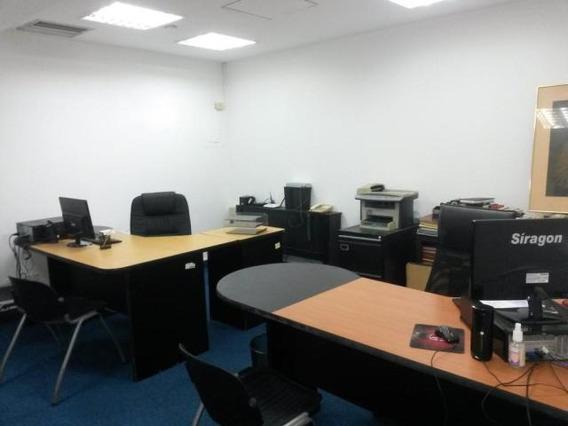 Oficina Comercial En Venta. 5 De Julio. Mls 20-7477. Adl.