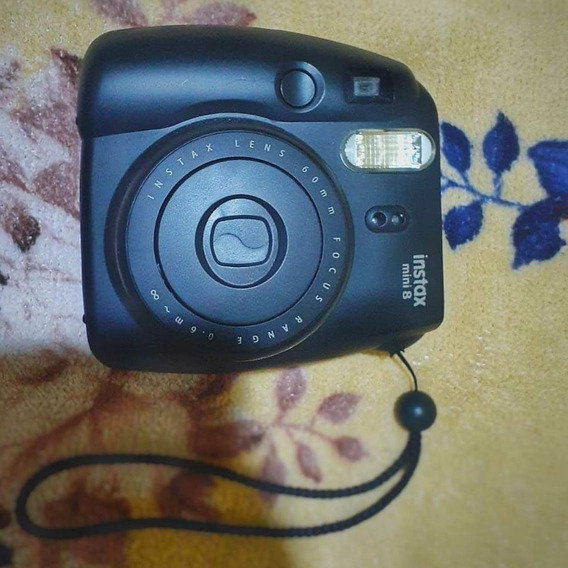 Câmera Instantânea Fujifilm Mini 8