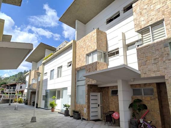 *casa En Venta En Pueblo Nuevo, Urb La Lugareña.*