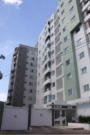 Apartamento - Centro - 2584