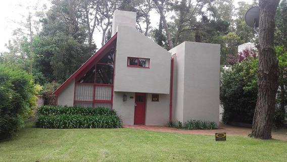 Casa Mojarrita . Pinamar