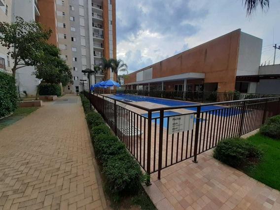 Apartamento Térreo Em Condomínio Com Área De Lazer - Centro