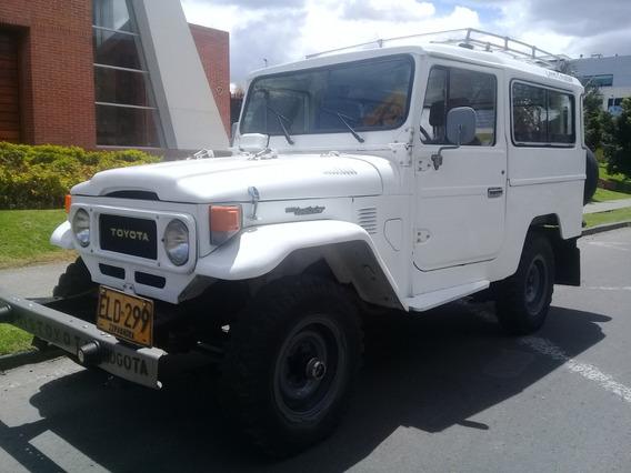 Toyota Land Cruiser Fj43