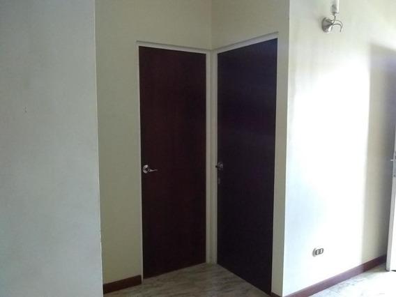 En Alquiler Casa Barquisimeto 20-2314