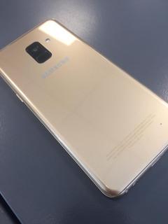 Samsung Galaxy A8 2018 Liberado Con Cargador Original.