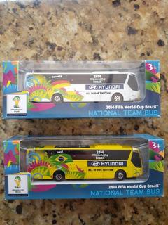 2x Miniatura Ônibus Hyundai Copa Mundo 2014 Fifa 1/95