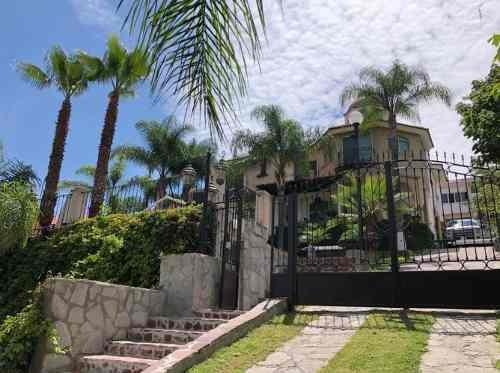 Hermosa Casa En Las Cañadas En Renta (228)