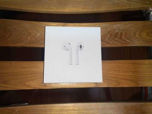 Audífonos AirPods Apple Originales Con 1 Semana De Uso