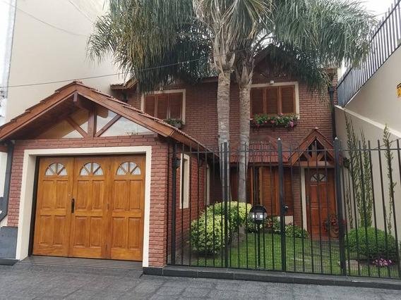 Venta - Casa 3 Ambientes Con 2 Cocheras Villa Lugano (v085)