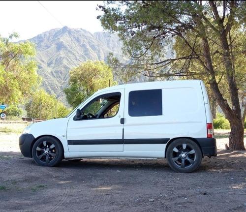 Imagen 1 de 8 de Peugeot Partner
