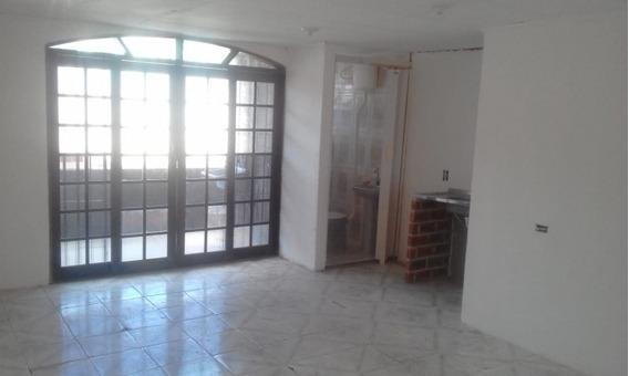 Casa Em Parque Pinheiros, Taboão Da Serra/sp De 35m² 1 Quartos Para Locação R$ 700,00/mes - Ca394351