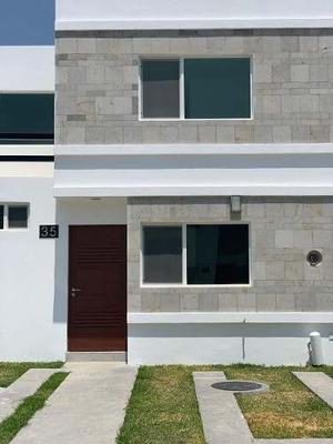 Casa En Renta Zona Real, Tec, Zapopan, Av. Aviación