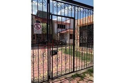 Casa En Venta Ubicado Muy Cerca Del Mercado San Jose El Eden