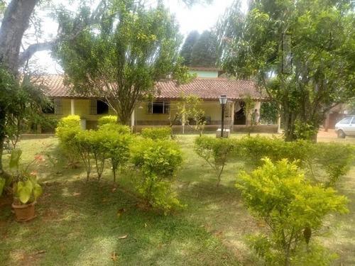 Cód 4027-chácara Em Ibiúna C/ Ótima Localização. - 4027