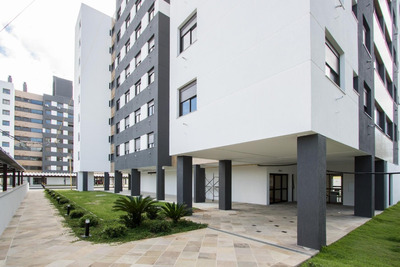 Apartamento Em Camaquã Com 2 Dormitórios - Lu273246