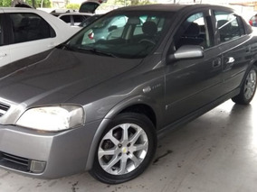 Astra Sedan 2.0 Advantage Ano 2010/2011 - Uniao Veiculos