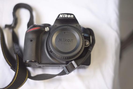 Nikon D3200 40k Clicks