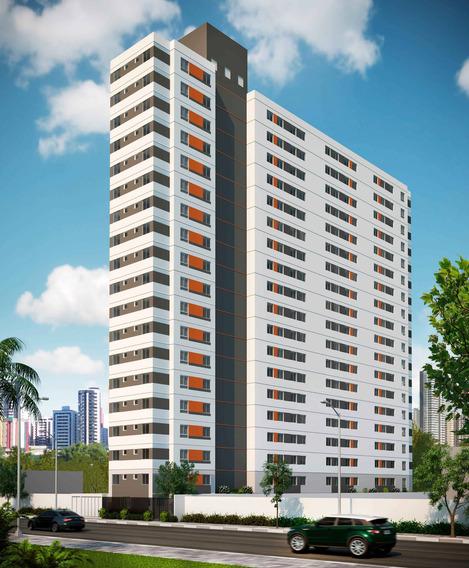 Apartamento À Venda Na Avenida Da Liberdade, Liberdade, São Paulo - Sp - Liv-3193