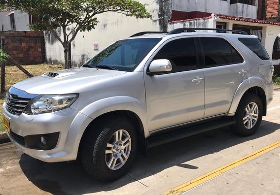 Toyota Fortuner Srv 3.0 2013