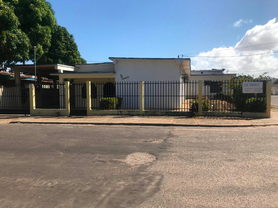 Vendo Casa Las Moreas Cdad Bolivar/cod. 21-12848/ju