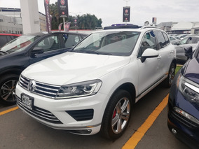 Volkswagen Touareg 3.6 At 2015