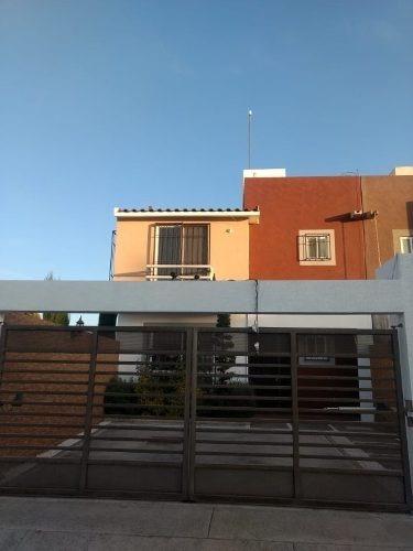 Casa En Renta, Villas Toscana Ii, Toluca, Mexico