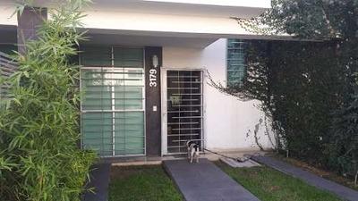 Venta De Casa Habitación En Zapopan, Jalisco