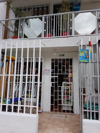 Casa De 3 Pisos Y Negocio En Barrio Floralia Norte De Cali