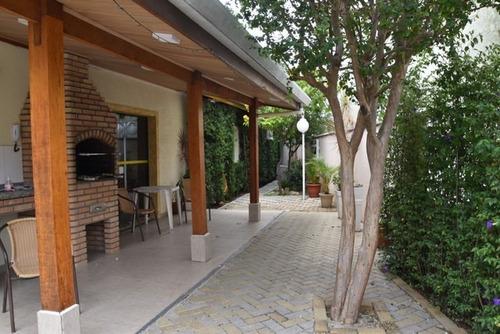 Imagem 1 de 6 de Linda Casa Com 3 Quartos Em Jaguaribe - Osasco - Sp