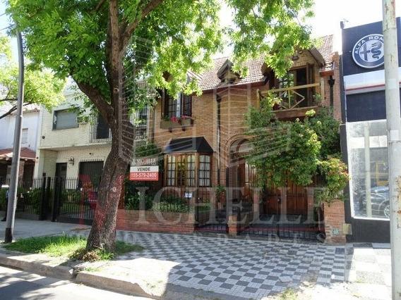 Bº River - Casa Con 4 Dorm. 2 Suites - Cochera Cubierta Y Jardin