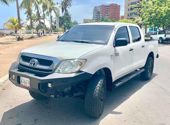 Toyota Hilux Sincrónica 4x4
