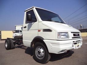 Iveco Daily 4912 4x2 2001 Entrada + Parcelas R$895,00 M5966