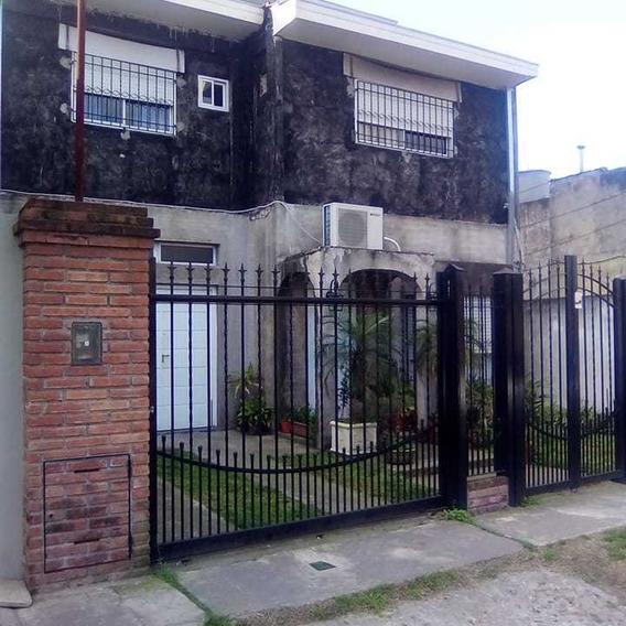 Casa En Venta 5 Ambientes En Isidro Casanova - 5 Años