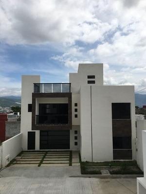 Casas A La Venta En Privada Cumbres