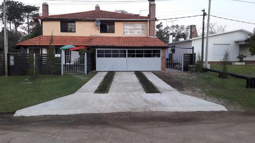 Vendo 3 Casas En Padrón Esq. Totalmente Independientes