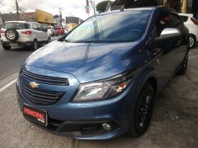 Chevrolet Onix 1.0 Seleção 2015 Completo + My Link