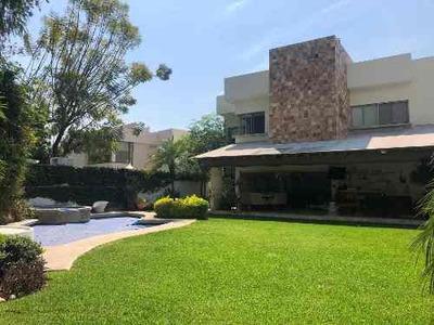 Hermosa Residencia A La Venta En Cuernavaca, Morelos