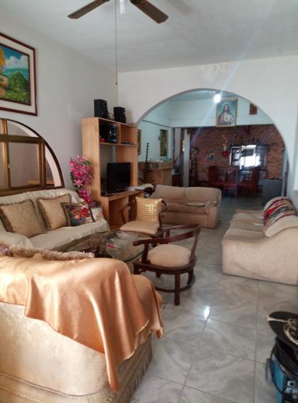 Casa En Venta En Los Olivos A 2 Cuadra