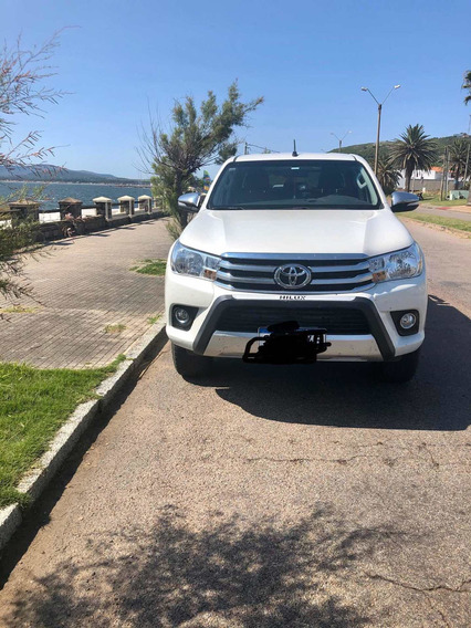 Toyota Hilux 2.7 D.cab. Srv 2018