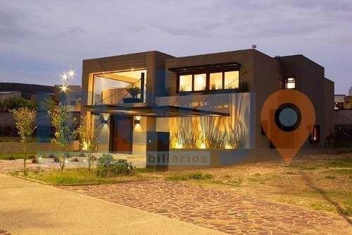 Casa En Venta En Altozano