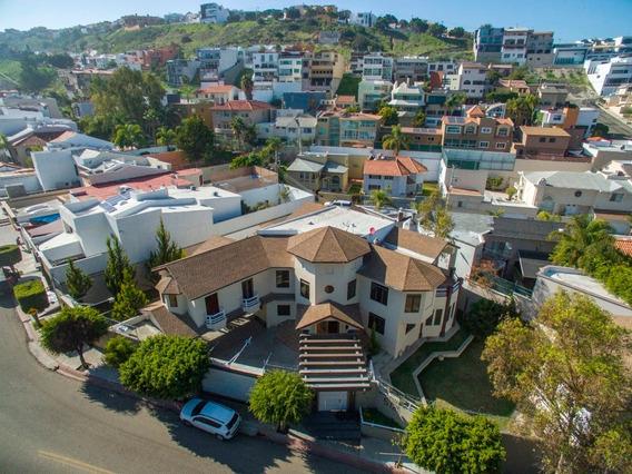 Casa En Renta En Col. Lomas De Agua Caliente 6ta Sección, Tijuana B.c.