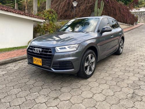 Audi Q5 2.0t : Black-line Tfsi S-tronic