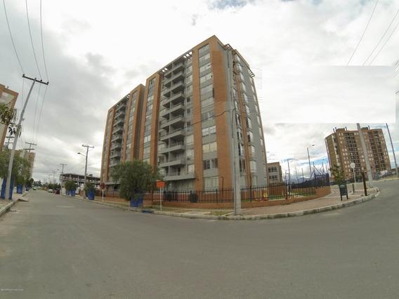 Vendo Apartamento En Gran Granda Mls 20-728