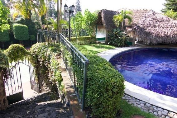 Espectacular Residencia En Rancho Cortes, Camelia