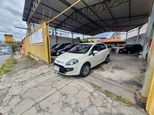 Fiat Punto Attractive 1.4 8v Flex 2014